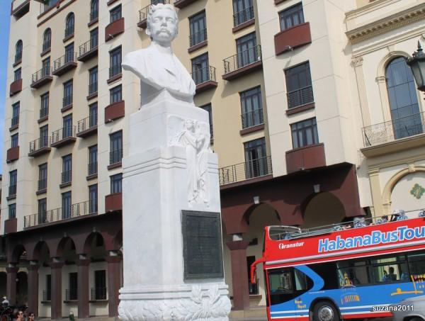 HavanaHoponHopoffbus3
